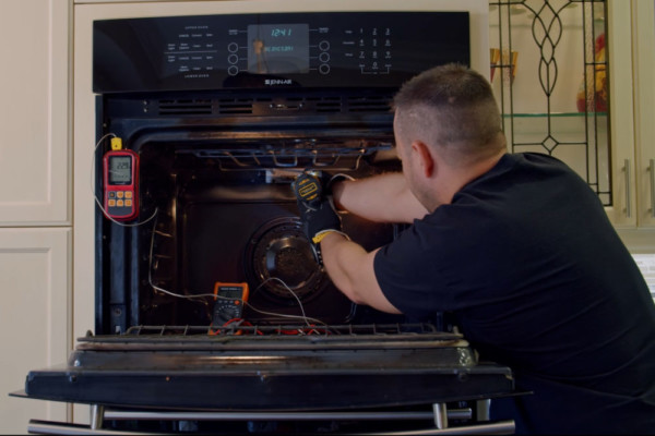 5 Reasons Electric Oven Isn't Heating Up and Tips to Understand Why